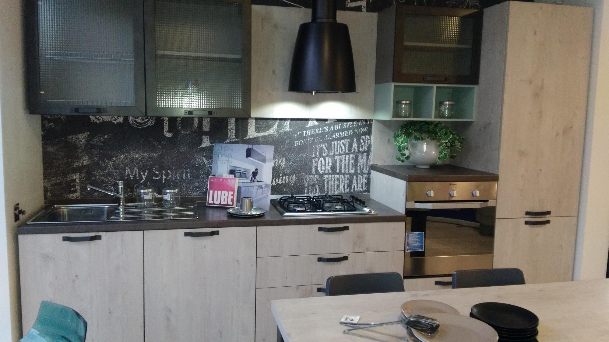 Cucina kyra vintage creo kitchens scontata cucine a - Cucina lube kyra ...