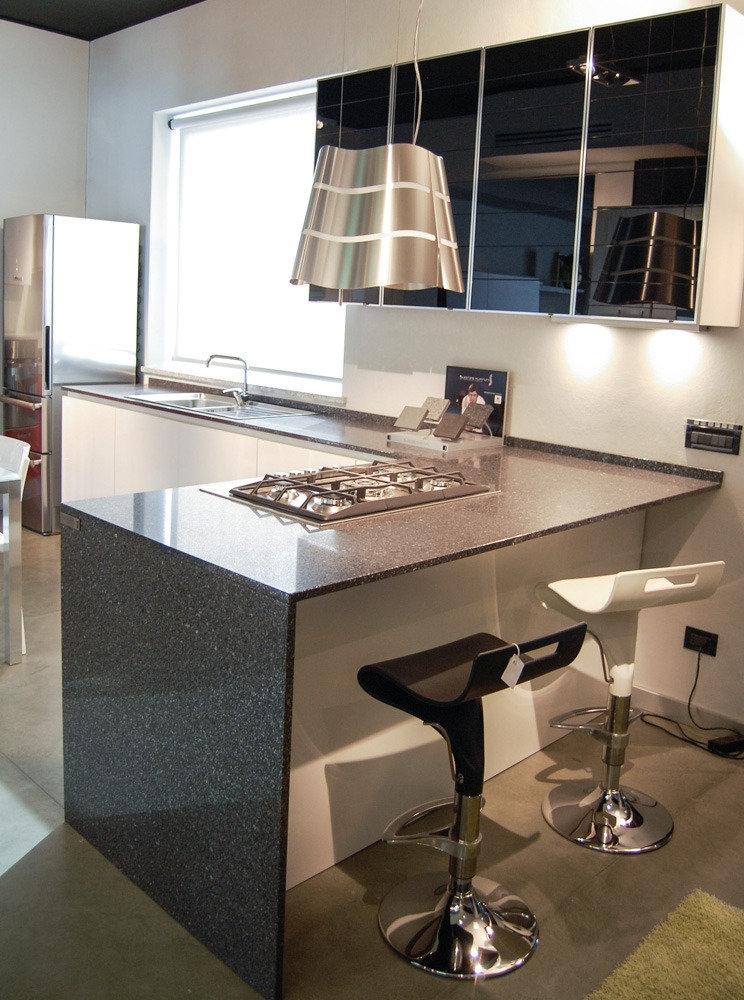 Cucina laccata + anta vetro - Cucine a prezzi scontati