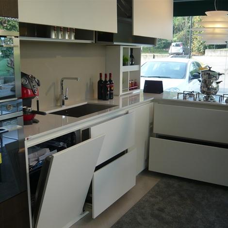 Valdesign cucine cucina laccata bianca olmo caff - Cucina laccata opaca ...