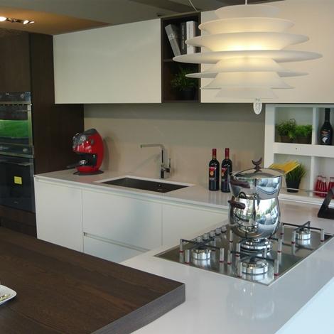 Valdesign cucine cucina laccata bianca olmo caff 39 scontato del 40 cucine a prezzi scontati - Cucina bianca opaca ...