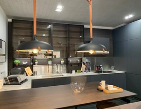 Cucina Lain moderna grigio con penisola Euromobil
