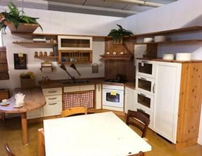 Cucina larice country con penisola Rustica beige  Artigianale