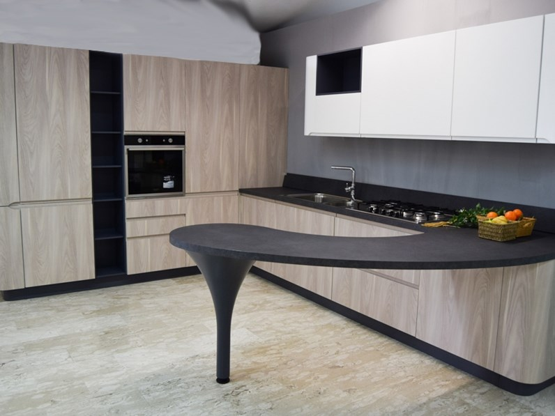 Cucina larice moderna con penisola 3a bring stosa cucine for Outlet cucine di marca