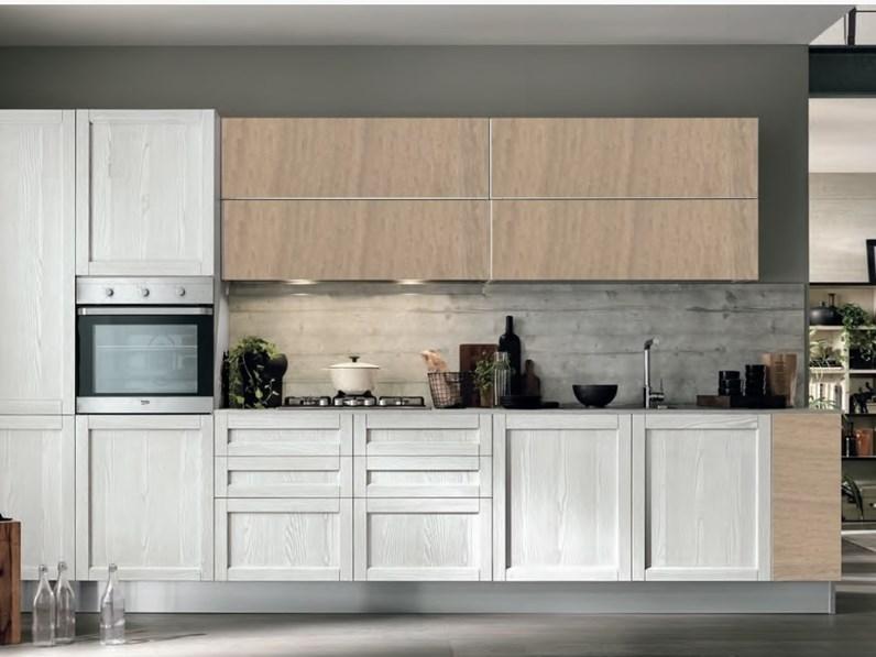 cucina legno vintage con maniglie integrata in offerta convenienza