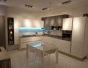 Cucina Like go design bianca ad angolo Veneta cucine