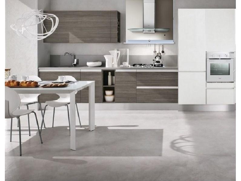 cucina lineare gola moderna completa di ellettrodomestici hotpoint ariston  in offerta convenienza