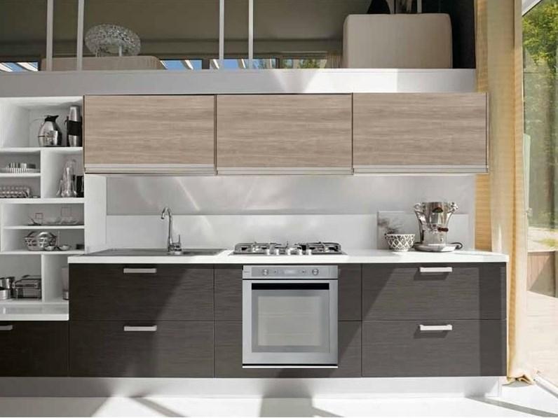 Cucina linea moderna new beige e grigio essential con - Cucine in linea moderne ...