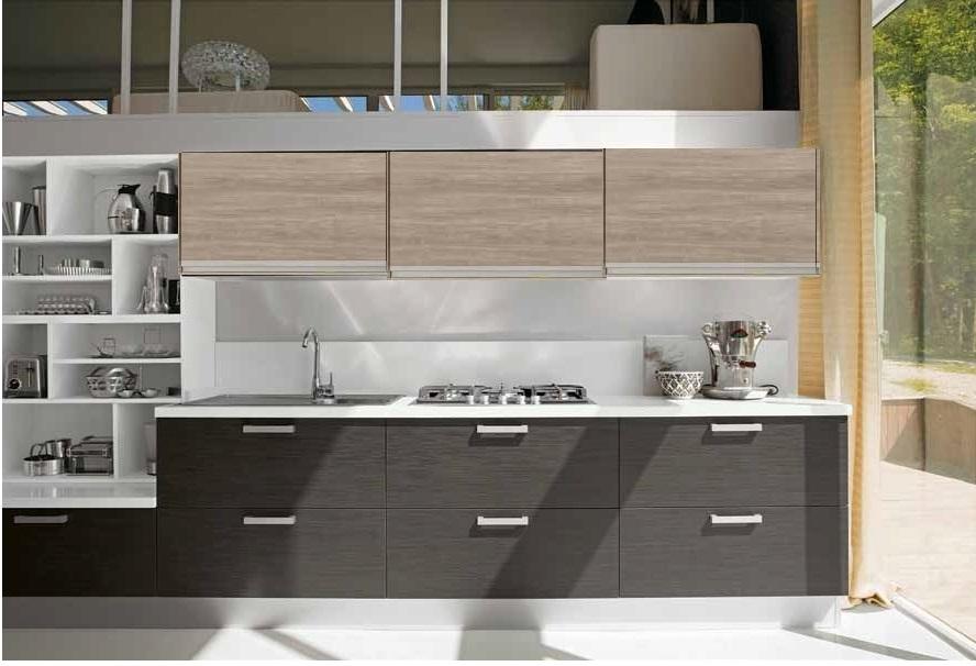 Cucine piccole con mobili grigi - Cucine in linea moderne ...