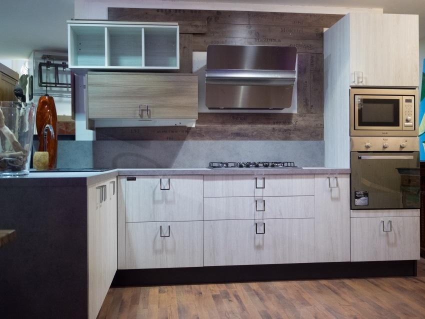 Cucina linea wood moderna con penisola anta white grey in - Cucina 1000 euro ...