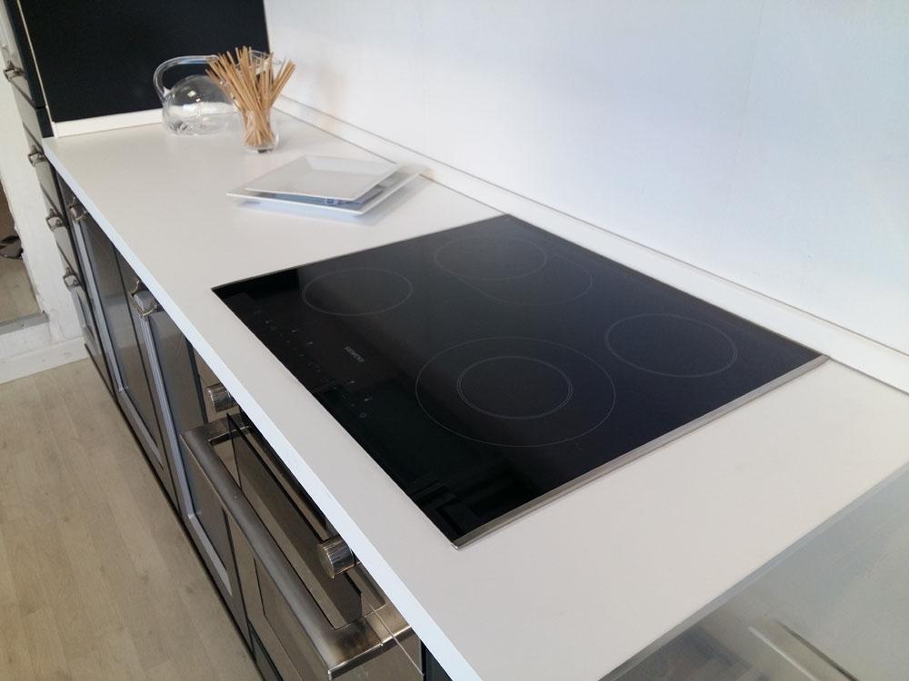 Cucina lineare Aster Cucine laccata opaca scontata del 64% - Cucine a prezzi scontati