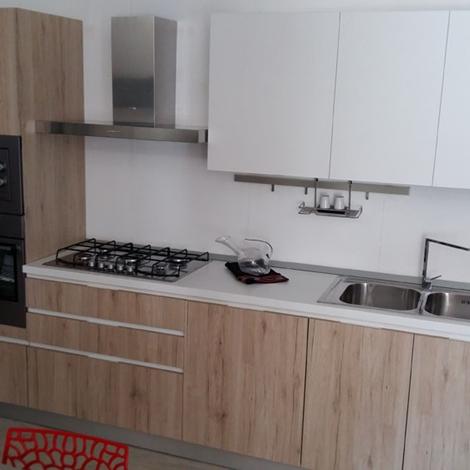 Cucina lineare astra cucine in promozione scontata del 62 - Cucine astra prezzi ...