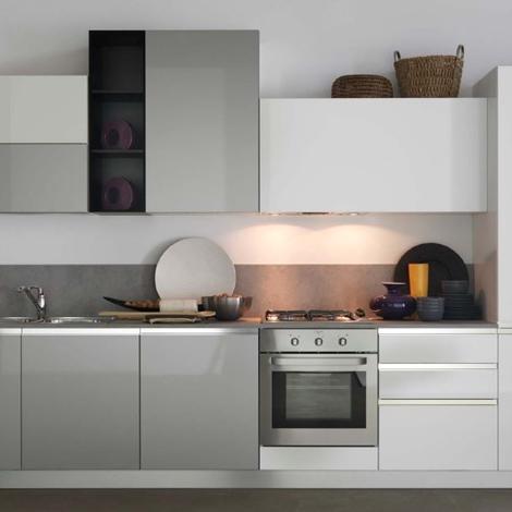 Cucina lineare astra cucine modello combi laccata opaca - Cucine astra prezzi ...
