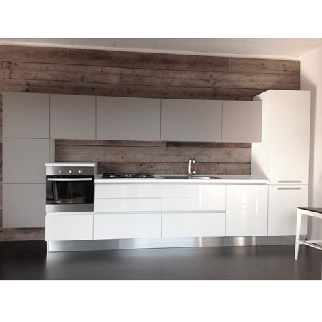 Cucina lineare bianca con gola cucine a prezzi scontati - Cucina provenzale bianca ...