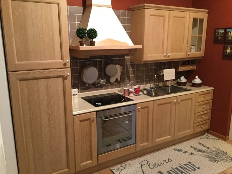 Cucina lineare classica Newport Veneta cucine a prezzo ribassato