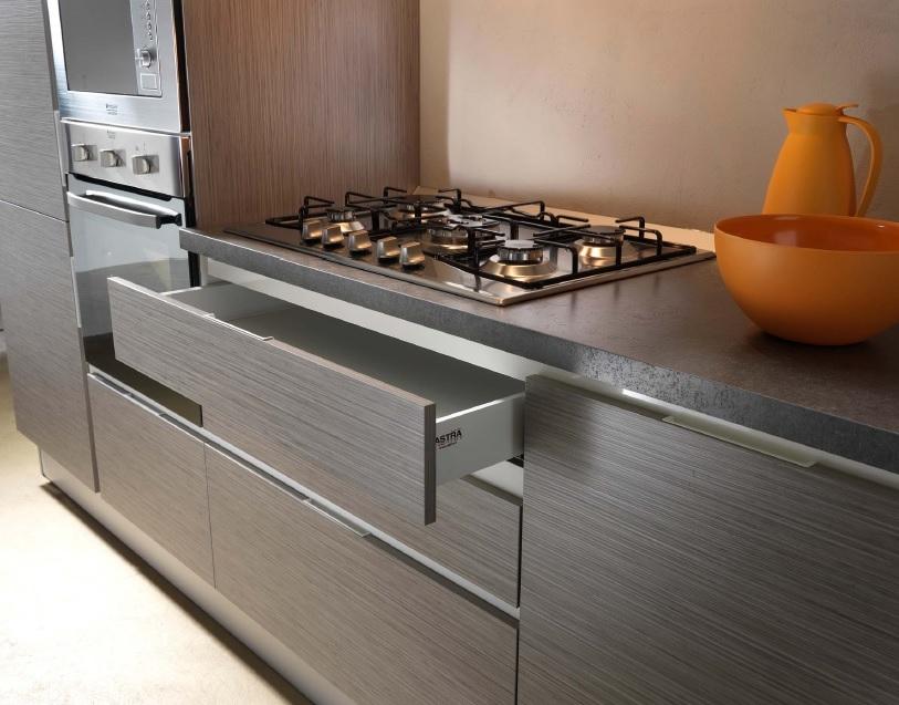 Cucina lineare completa di elettrodomestici rex cucine a - Elettrodomestici in cucina ...