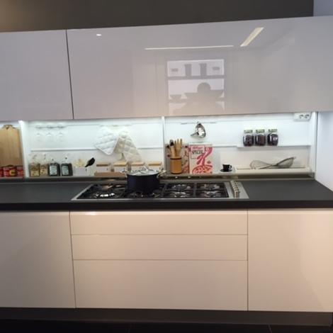 Cucina dada modello trim bianca lucida scontata del 42 cucine a prezzi scontati - Cucina bianca lucida ...
