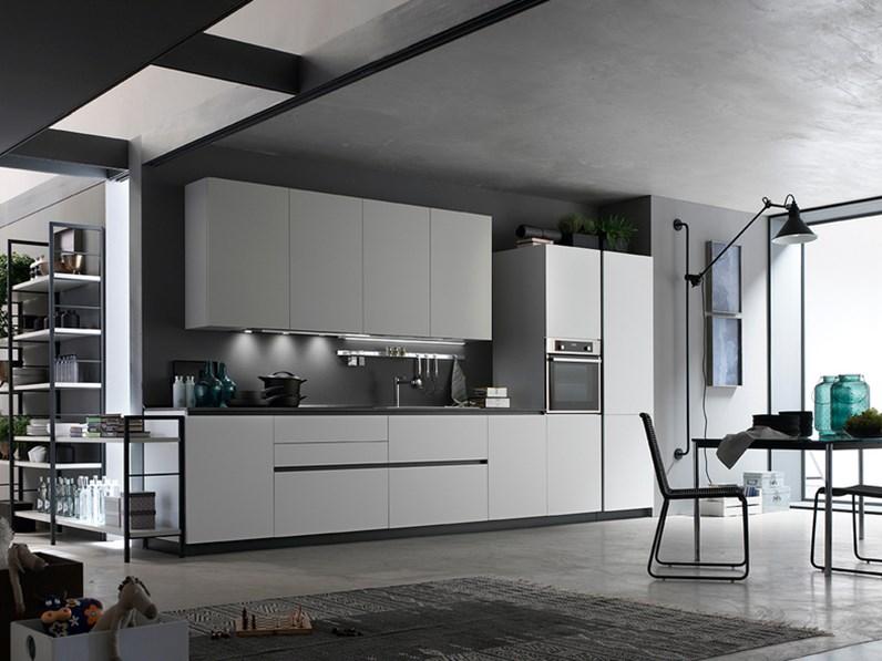 Cucina lineare design Space Forma 2000 a prezzo ribassato