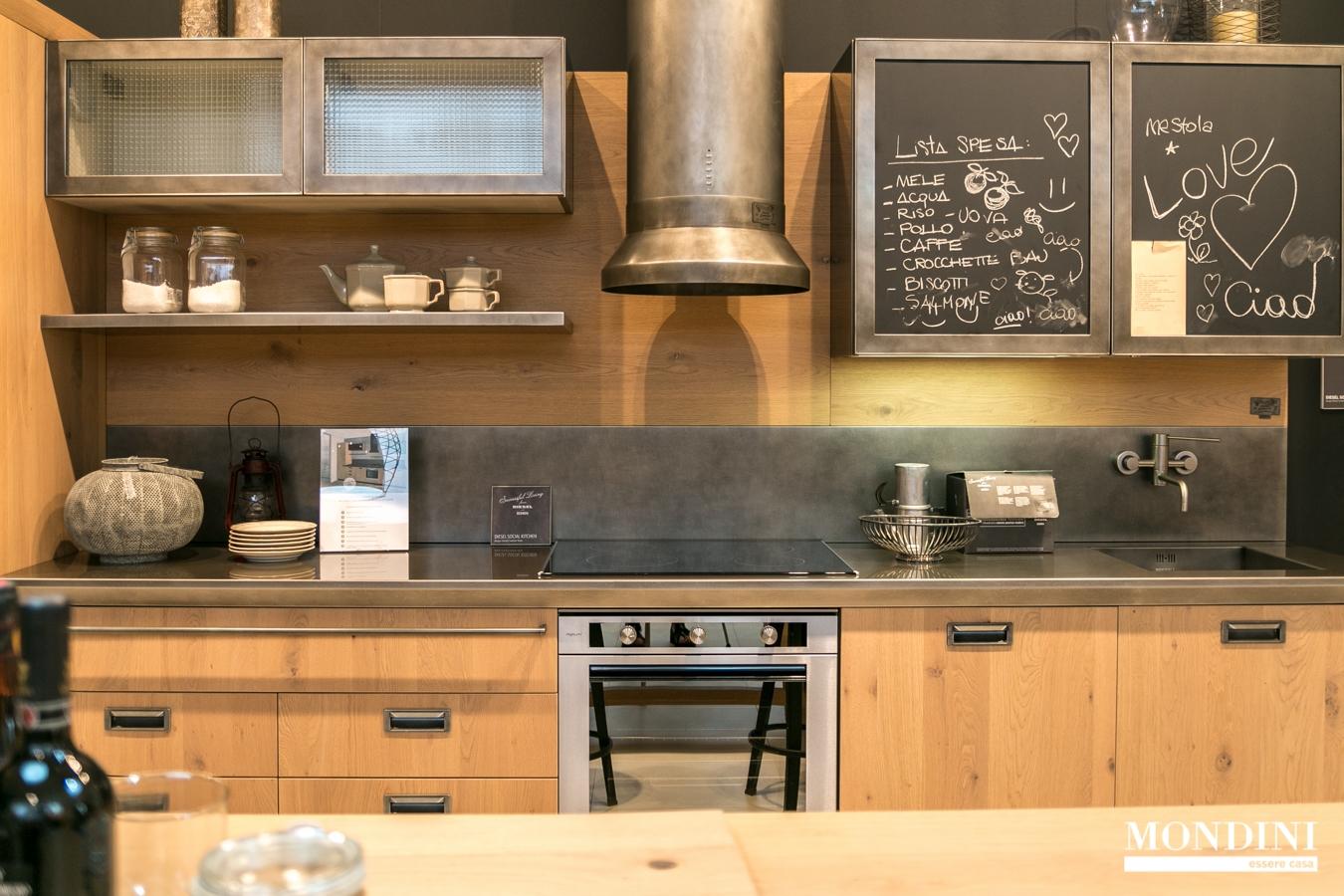 Cucina lineare diesel di scavolini scontata del 37 for Offerte cucine lineari