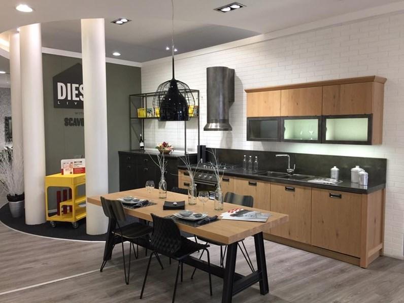 Cucina lineare Diesel social kitchen Scavolini con uno sconto del 32%