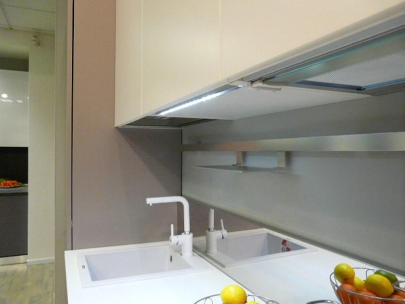 Ar tre cucine modello flo ar tre cucine moderne progettazione cucine realprogetti sas - Ar tre cucine prezzi ...