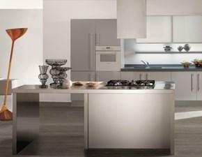 Cucina lineare in laccato lucido a prezzo ribassato