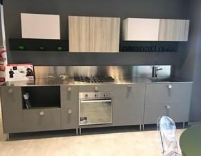 Cucina lineare in laminato materico a prezzo scontato 46%