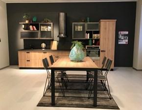 Cucina lineare in legno a prezzo ribassato
