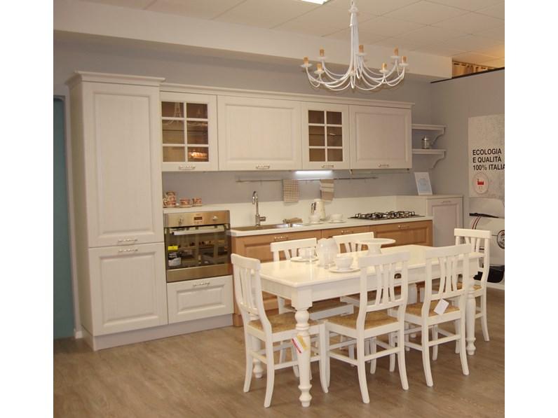 Cucina lineare in legno rovere chiaro bolgheri a prezzo ribassato - Cucine in legno chiaro ...