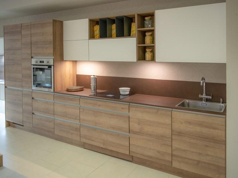 Cucina lineare in legno rovere chiaro riva a prezzo scontato - Cucine in legno chiaro ...