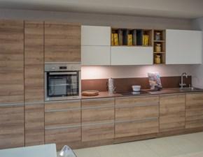 Cucina lineare in legno rovere chiaro Riva a prezzo scontato
