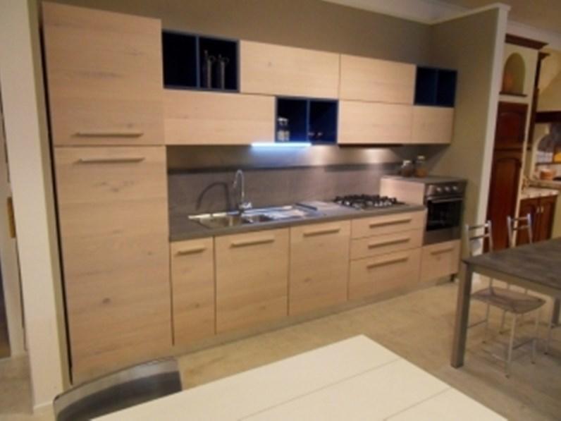 Cucina lineare in legno rovere chiaro Zenzero a prezzo scontato
