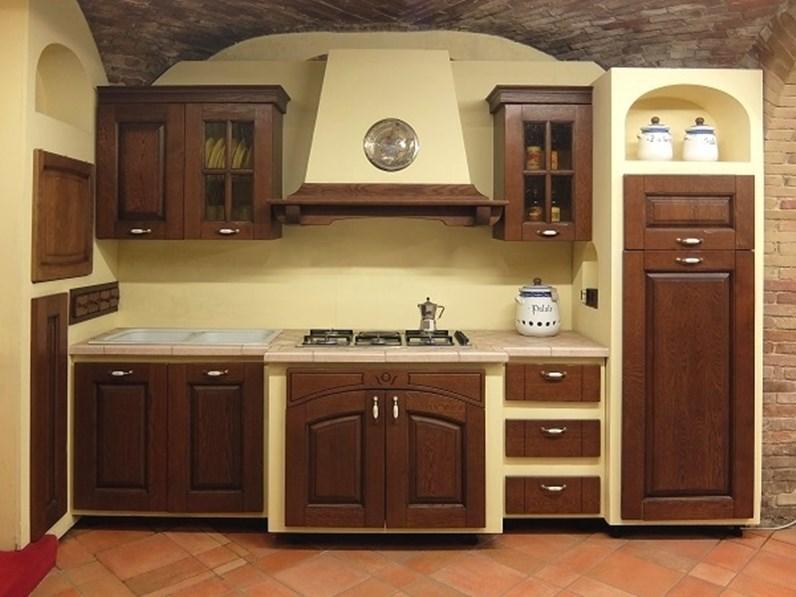 Cucina lineare in muratura Paesana Ar-tre a prezzo scontato