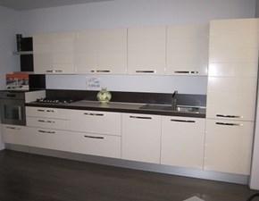 Cucina lineare in polimerico lucido bianca Edi 2 polimerico lucido senza elettrodomestici in offerta a prezzo ribassato