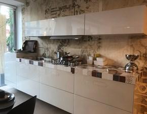 Cucina lineare in vetro LAGO  a prezzo ribassato 50%