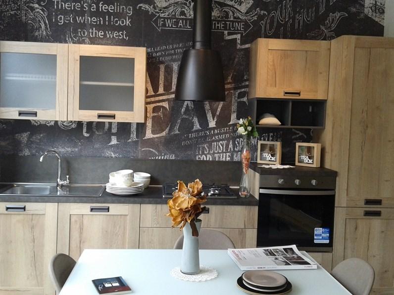 Cucina lineare industriale creo kitchens kyra telaio for Cucine kitchen design prezzi