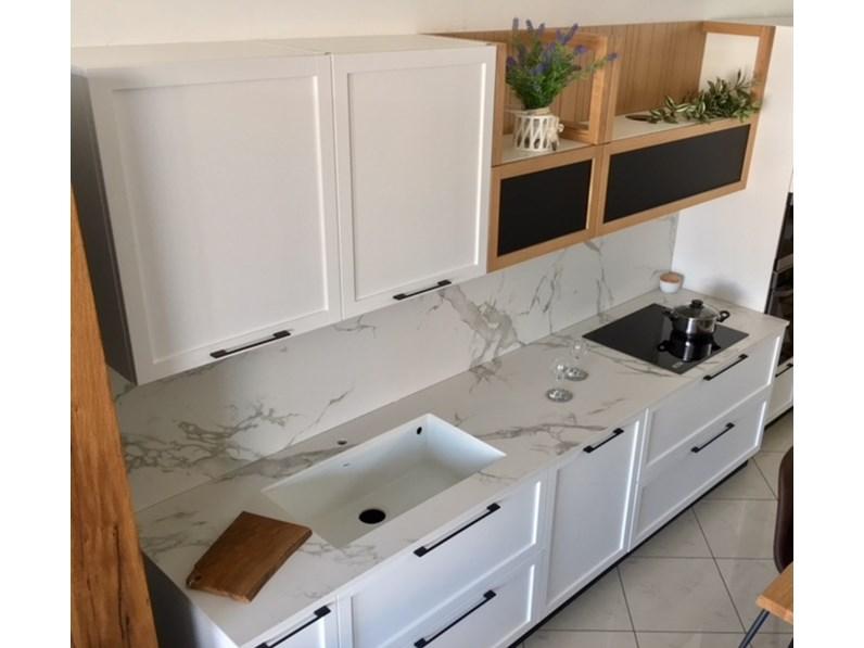 Cucina lineare laccato bianco dibiesse piano dekton completa - Piano cucina in dekton ...