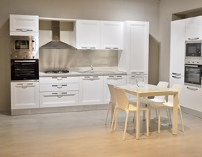 Cucina lineare moderna Caravaggio Aran cucine a prezzo scontato