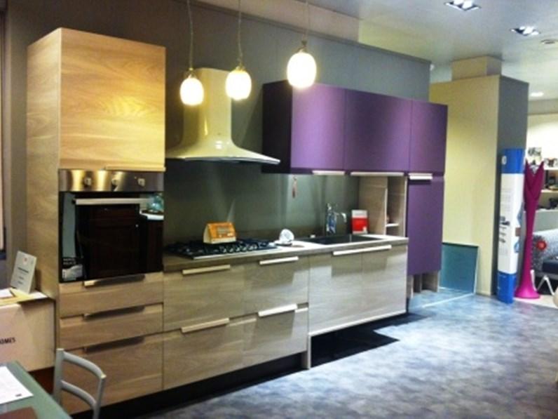 Cucina lineare moderna Chantal Febal a prezzo ribassato