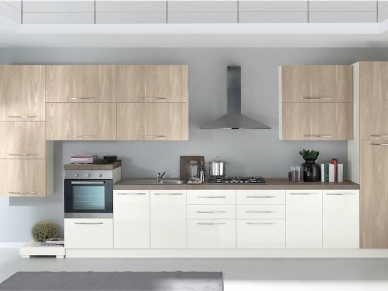 Cucina lineare moderna Chiara vari colori Artigianale a prezzo scontato