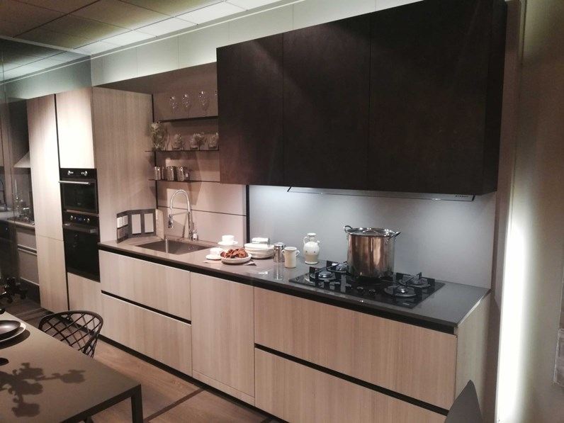 Cucina lineare moderna kali 39 zetasei arredo3 a prezzo scontato for Cucine classiche arredo 3
