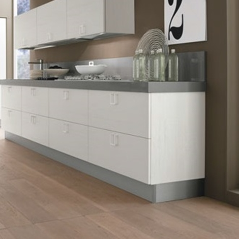 Cucina lineare moderna maniglia cromata offerta convenienza cucine a prezzi scontati - Cucina bianca moderna lineare ...
