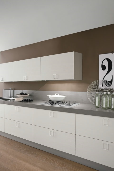 Cucina lineare moderna maniglia cromata offerta for Cucina lineare offerta