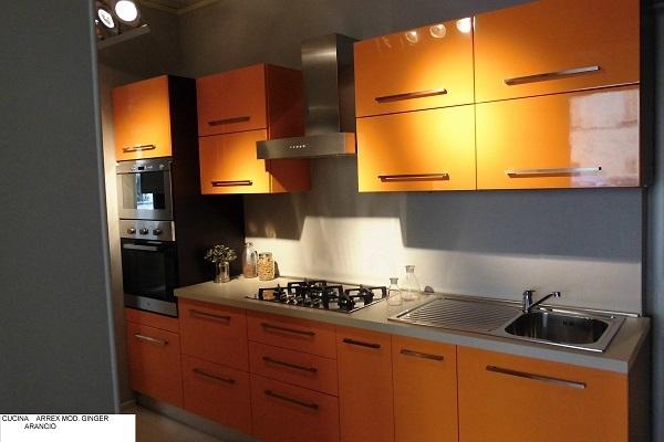 cucina lineare polimerico lucido arancio - Cucine a prezzi scontati