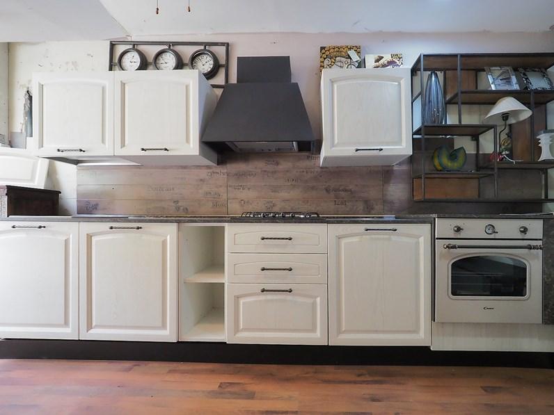 Cucina lineare provenzale cuina vintage shabby in legno nuovi mondi cucine a prezzo scontato - Cucina shabby chic provenzale ...