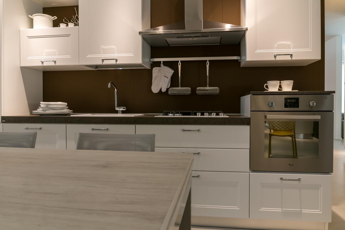 Cucina lineare Scavolini modello Colony scontata del 28% - Cucine ...