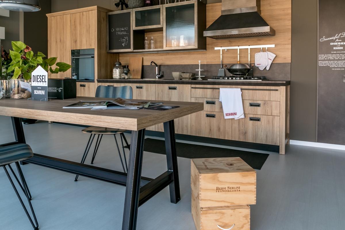 Cucina lineare scavolini modello diesel scontata cucine - Cucine 3 metri scavolini ...
