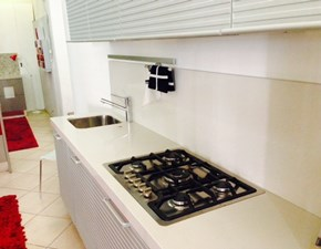 Cucina lineare Silverbox Ernestomeda con uno sconto del 64%