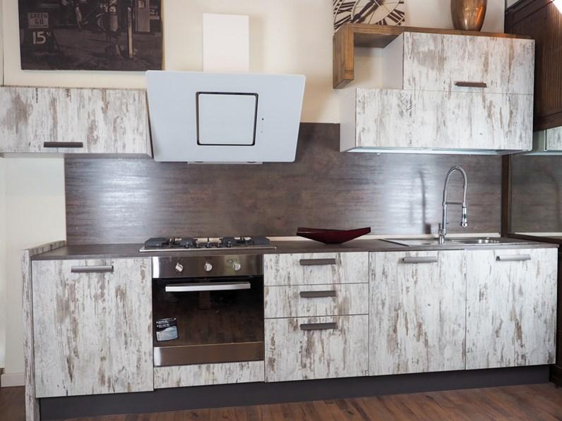 cucina lineare vintage decape\' moderna con ellettrodomestici