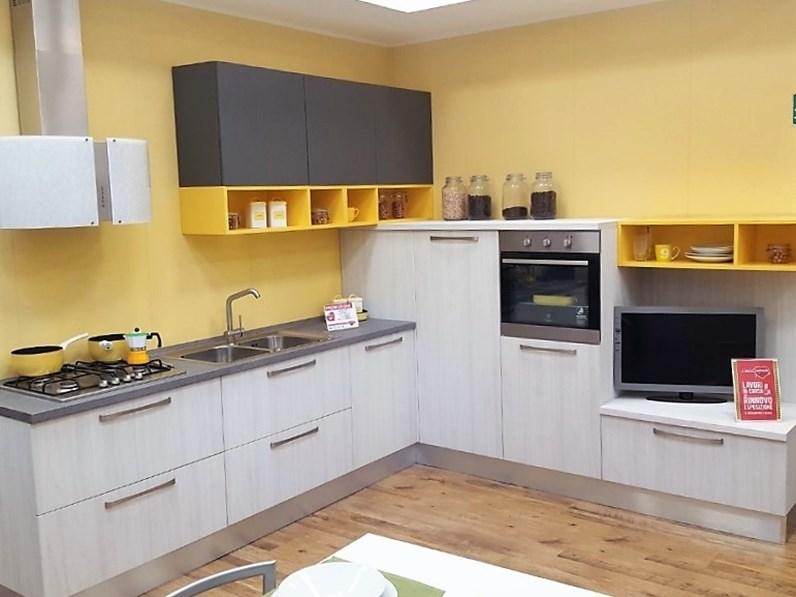 Cucina living ad angolo luna arredo3 for Cucine living prezzi
