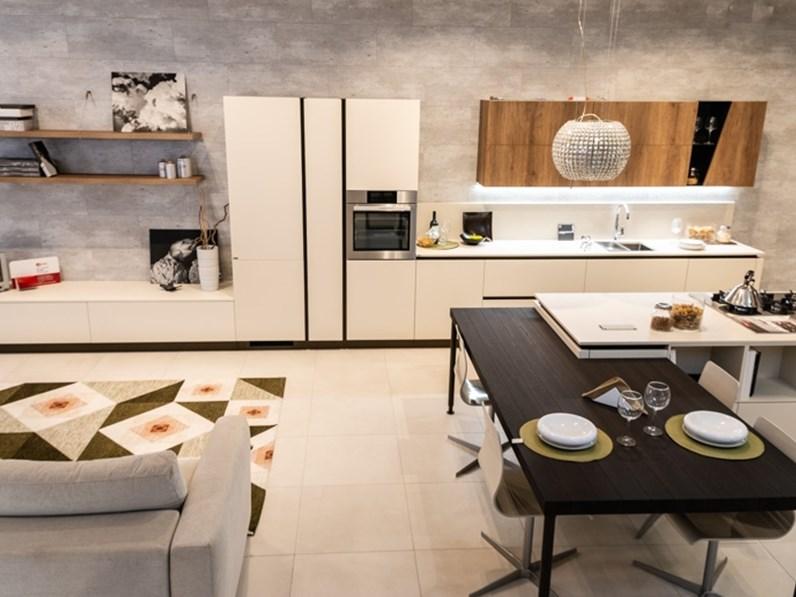 Cucina living modello liberamente scavolini for Cucine living prezzi